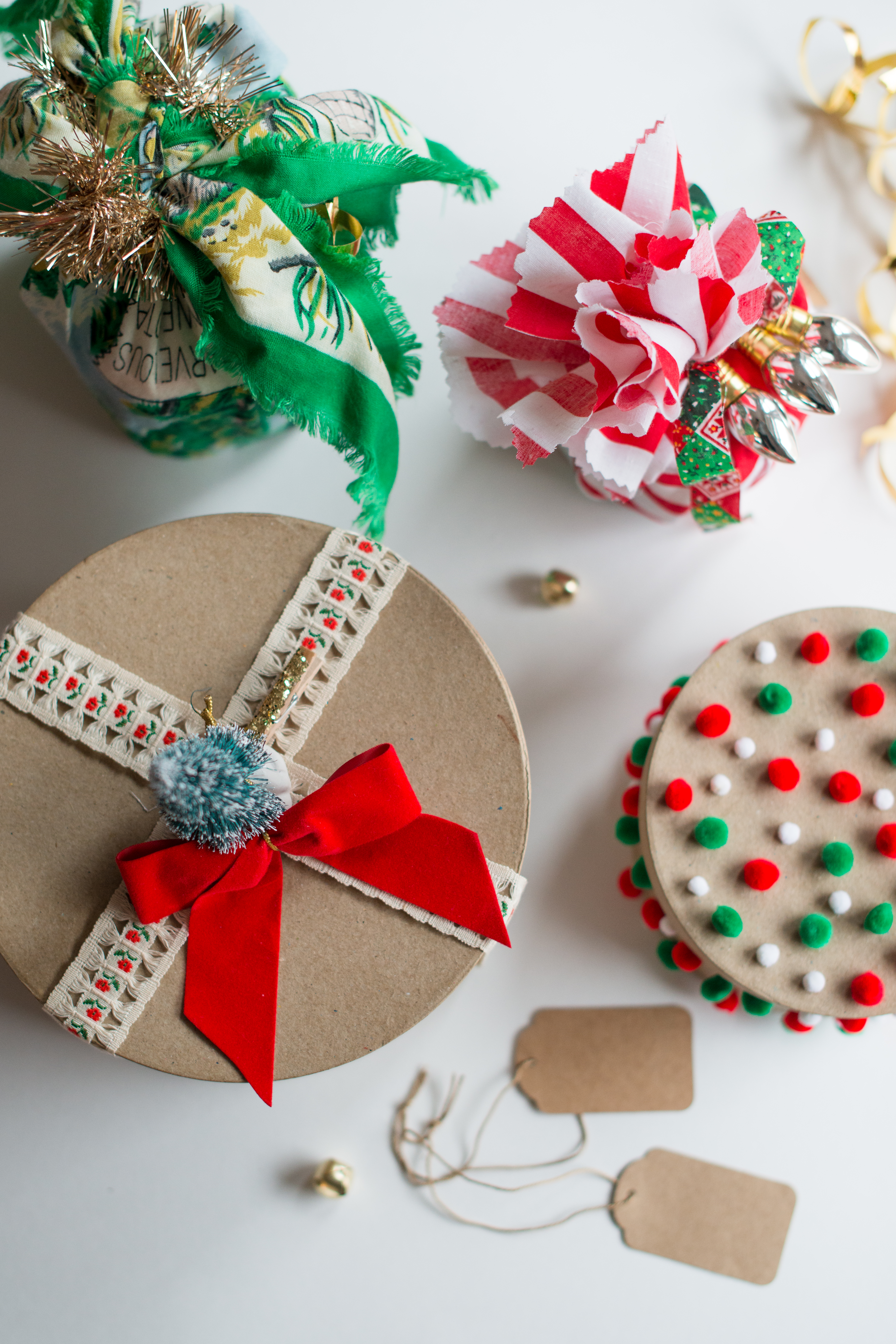 christmas gift wrapping with goodwill goods | high plains thrifter