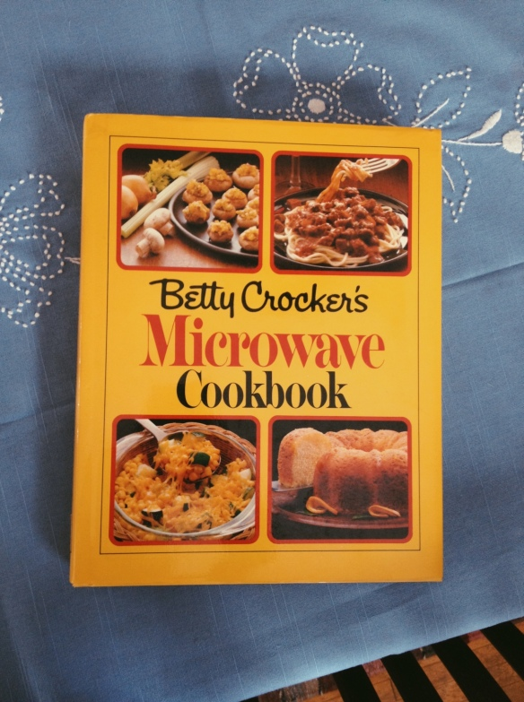 high plains thrifter // betty crocker microwave cookbook